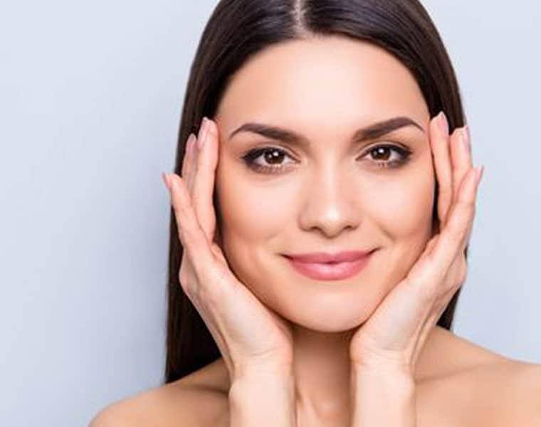 Fáj és ártalmas a botox? Döntsünk le minden tévhitet!