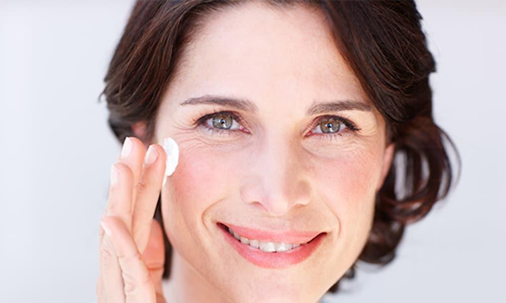 Mit érnek az anti-aging krémek, tényleg megelőzhető velük az öregedés?